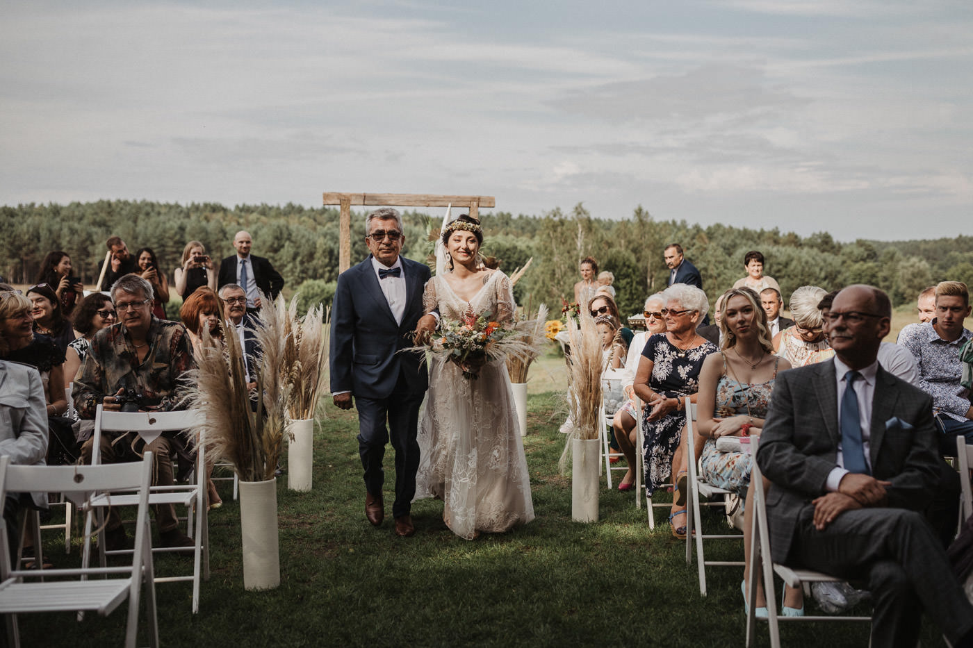 Ślub humanistyczny Sosnowa osada zdjęcia ślubne Fużyński Fotografia